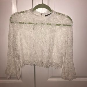 Tops - White lace cropped shirt